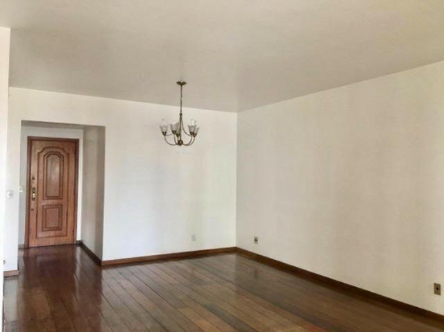 Excelente Apartamento 130m² Vaga de Garagem e Dependência Completa Rua Dna Delfina Tijuca - Foto 3