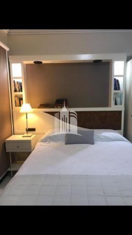 Apartamento 02 dormitórios no columbus tower quadra do mar com vista com a av. brasil ! - Foto 11