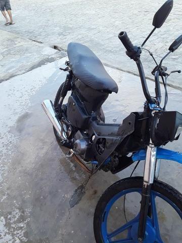 Traxx 75 cc emplacada