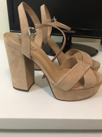 cef7c44922 Sandália Salto Bloco Trendy Schutz Comprei 350 - Roupas e calçados ...
