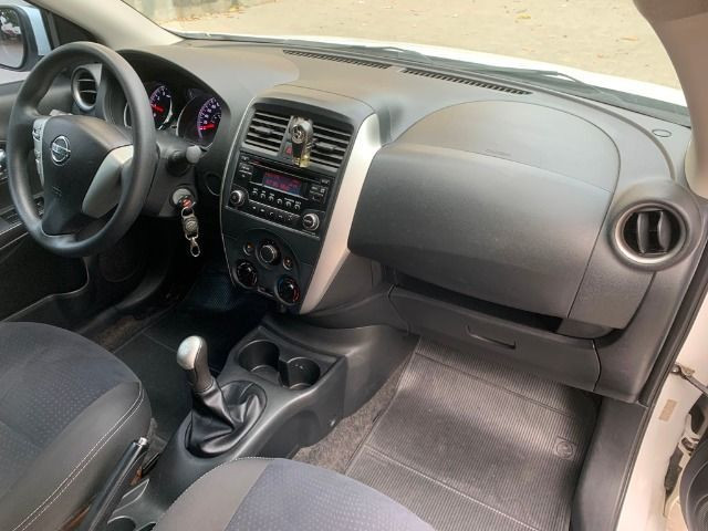 Nissan Versa 1.6 SV 2016 Completíssimo Nada a Fazer IPVA 2020 pago - Foto 13