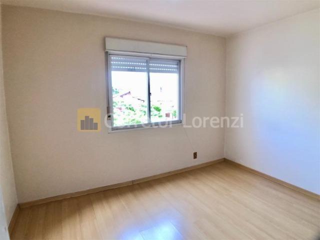 Apartamento de 85 m², 3 dormitórios, sacada, garagem - NH - Foto 2