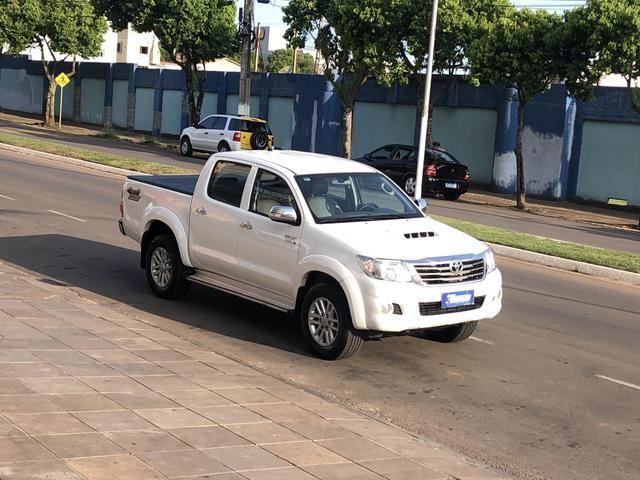 Hilux SRV 3.0 Diesel 4x4 Aut. *Controle Tração/ Multimídia/ Pneus 0km - Foto 2