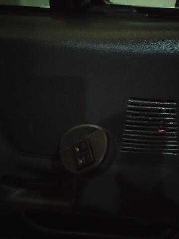 F1000 estendida p/6 pessoas diesel com ar, vidro trava alarme direção hidráulica. - Foto 8