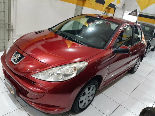 Peugeot / 207 XR Hatch 1.4 - 2010 - Foto 3