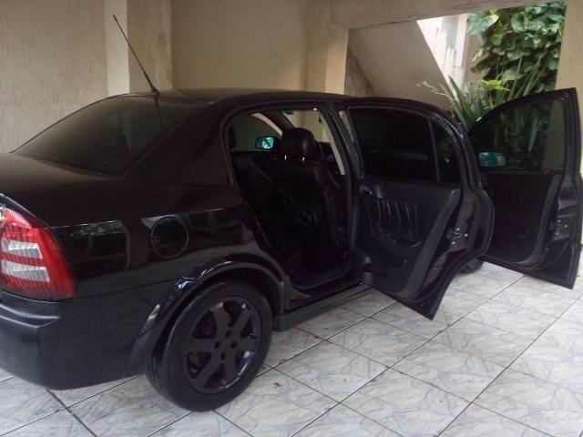 Astra Sedan Modelo Elite - Foto 8