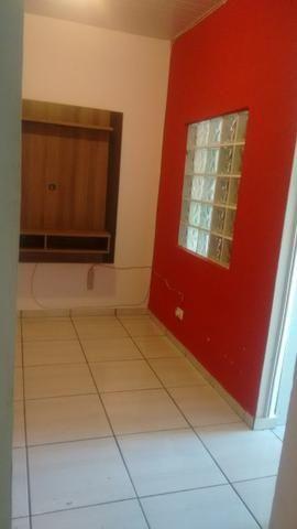 Pilarzinho - Alugo casa com dois quartos - Foto 2