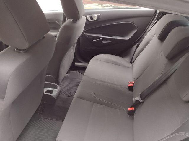 Ford Fiesta SE 1.6 Hatch 2017 Branco Único Dono Completo - Foto 8