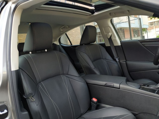 Lexus ES300H Hybrid 2019 - Foto 12