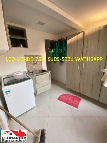 Leo vende, 4\4 sendo 3 suítes, closet, banheira. - Foto 16