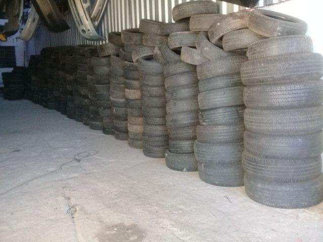Lote de pneus R$ 10,00 lote todo (+-1000)