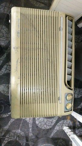 Ar condicionado Sprinter 10500 BTUs 220 volts - Foto 4