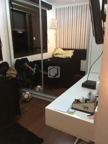 Apartamento de 3 dormitórios, 5 banheiros, 2 vagas de garagem, localizado no Bairro Nossa  - Foto 9