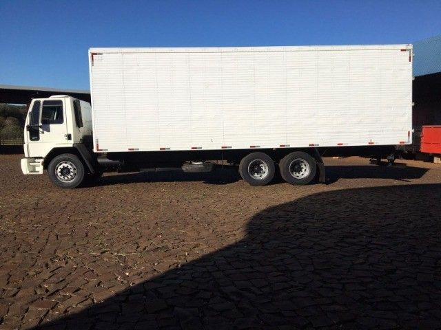 Ford Cargo 2422 6x2 - Foto 5