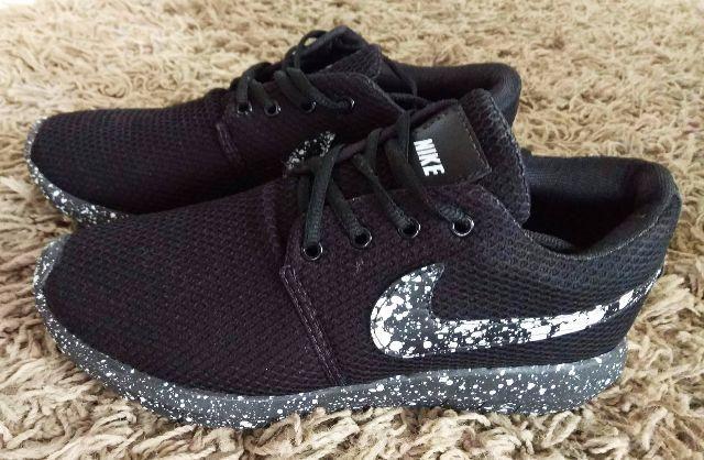 Tênis Nike Novo Roshe One Yeezy Bost