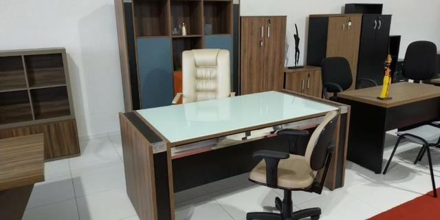 Mesas e cadeiras Escritório - Foto 2