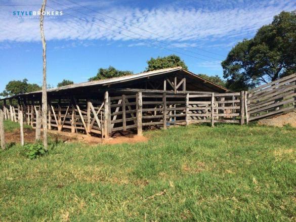 Fazenda à venda, 800000 m² por R$ 550.000,00 - Zona Rural - Nossa Senhora do Livramento/MT