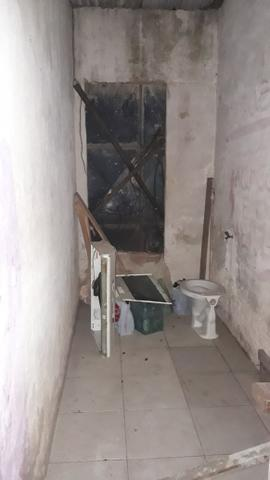 Vende-se esta casa no Ipase de baixo ao lado do Shopping da ilha e - Foto 2