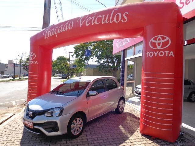Toyota-Etios HB 1.5 X Plus - Foto 2