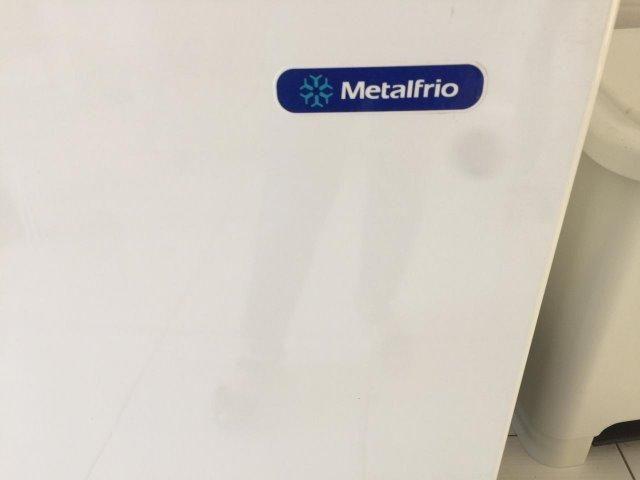 Freezer Horizontal Metalfrio 546L - Foto 2
