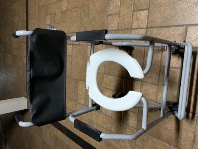 Cadeira de banho - usada - Foto 4