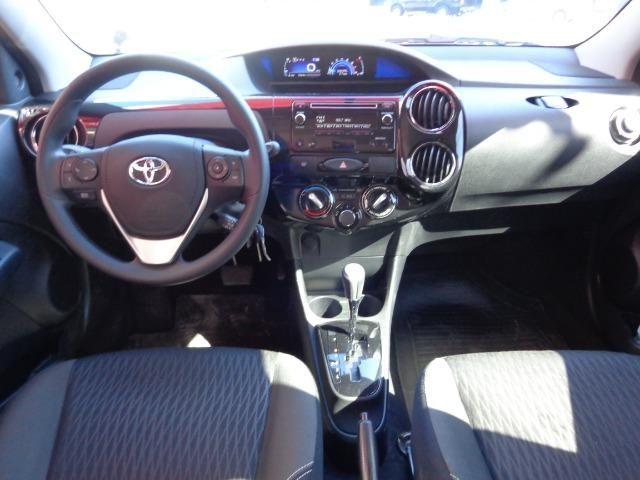 Toyota-Etios HB 1.5 X Plus - Foto 5
