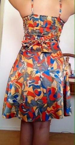 Vestido de cetim - Foto 3