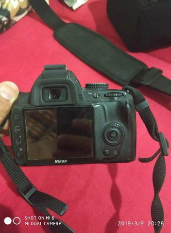 Nikon d3000 completa