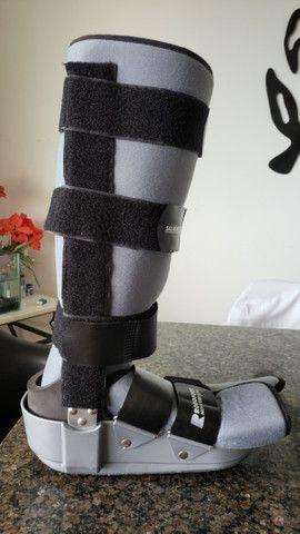Bota ortopédica imobilizadora longa Robofoot Salvapé tamanho G - Foto 5