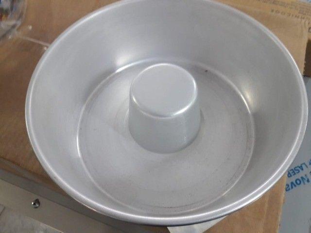 Formas em alumínio para bolo e pudim - Foto 2