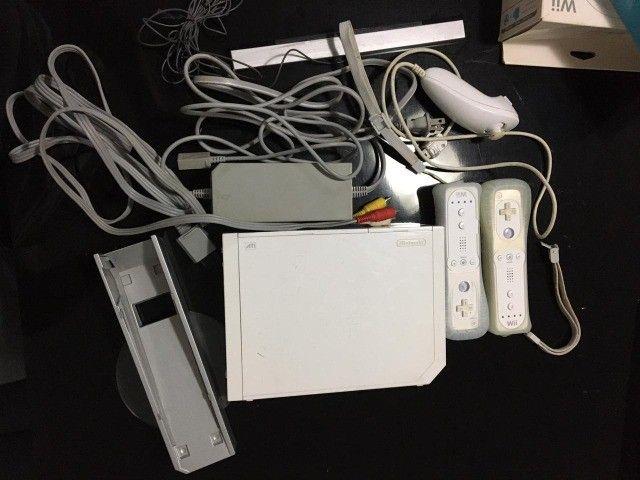 Nintendo WII + diversos jogos + acessórios
