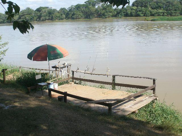 Rancho/pousada para lazer e pescaria, as margens do Rio São Francisco, 3 quartos, uma suit
