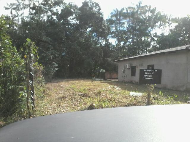 Vende-se um terreno proximo a orla de Ferreira Gomes