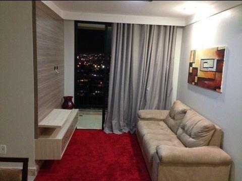 Divido 03 ( três) quartos mobiliados , apartamento Elevatto bairro Luzia