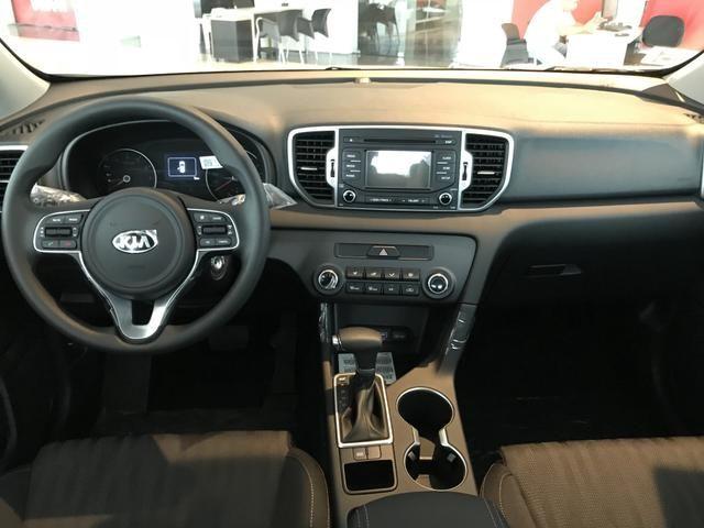 Kia motors sportage lx 2 0 16v 2 0 16v flex aut 2018 for Interior kia sportage 2018
