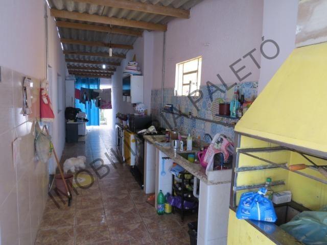 REF 163 Casa 4 dormitórios, excelente localização - Foto 17