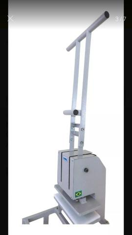 Maquina de de Fazer chinelos Completa 7x1 + facas do 23 ao 42 - Foto 2