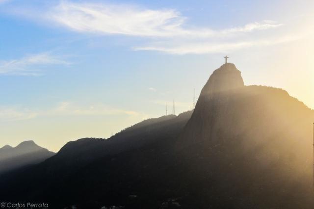 3 Quartos - Botafogo - Vista p/ Cristo e Pão de Açúcar - Andar alto