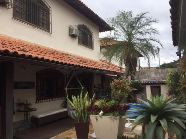 Casa à venda com 3 dormitórios em Itaipu, Niterói cod:2129