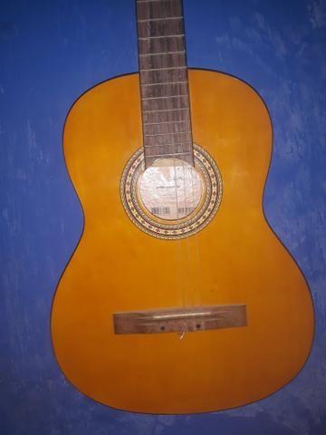 Vendo violão ou troco