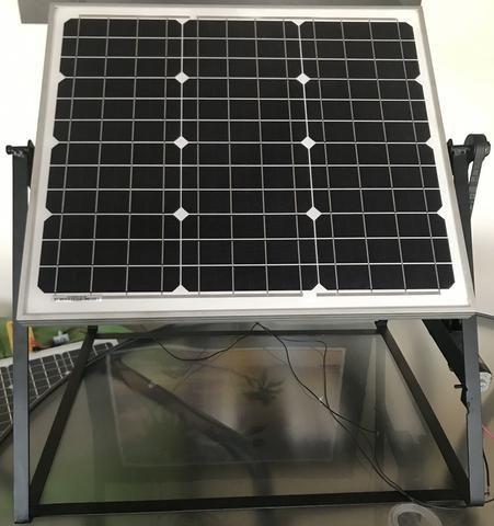 Tracker módulo solar mais estrutura com motor e movimentação unidirecional