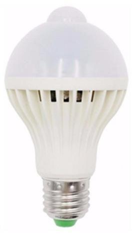 Lâmpada bulbo Led sensor de presença