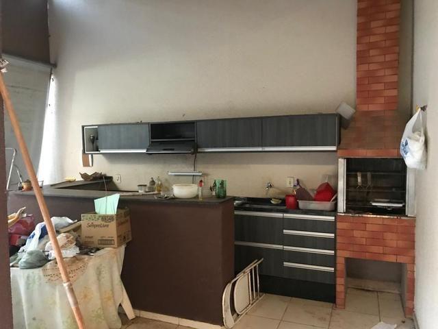 Casa com churrasqueira,cozinha planejada em terreno de 200m2 - Foto 9