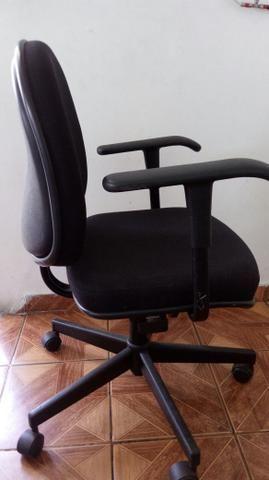 02 Cadeiras giratórias Giroflex - Foto 3