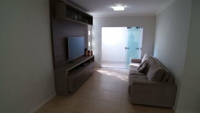 MS - Casa com 3 quartos + Mobília/ em condomínio fechado