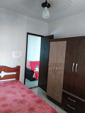 Alugam-se apartamentos em Piúma ,boa localização (perto da praia e da feira do sol) - Foto 3