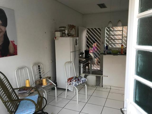 Casa com churrasqueira,cozinha planejada em terreno de 200m2 - Foto 5