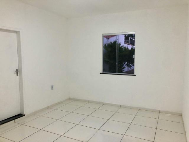 Excelente casa próximo a Av. Getúlio Vargas em Feira de Santana - Foto 2