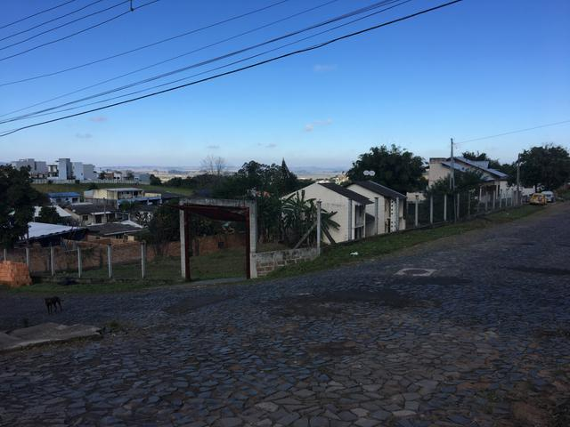 Vendo Casas e terrenos