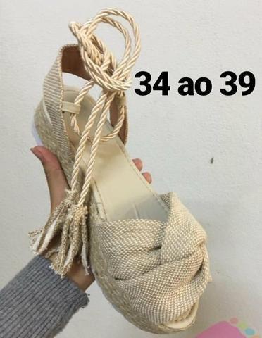 Sandálias moda **